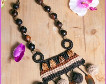 Long Boho Necklace. Brown Bead Necklace. Long Beaded Necklace. African Style Jewelry. Crochet Bead Jewelry. Ethnic Necklace