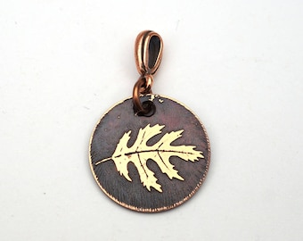 Copper oak leaf pendant, small round etched leaf jewelry, gift for nature lover, 22mm