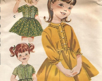 2376 Butterick Sewing Pattern Girls Fitted Bodice Dress Size 4 Vintage