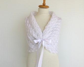 Bridal Bolero, White Bridal Cape, Romantic Bridal Capelet, Lace Bridal Shawl, Winter Wedding Stole, Bridal Wrap, Crochet Shawl, Wedding Wrap