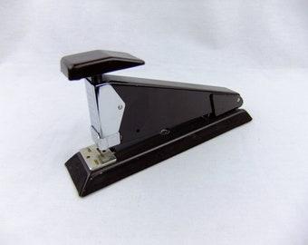 Vintage Isaberg Apsco 2002 Desk Stapler Made in Sweden (FREE SHIPPING)