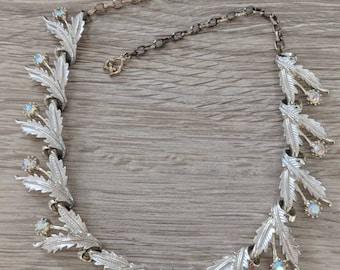 Aurora Borealis Leaf Vintage Necklace