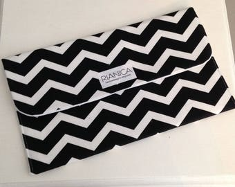 Black & White Chevron Diaper Clutch