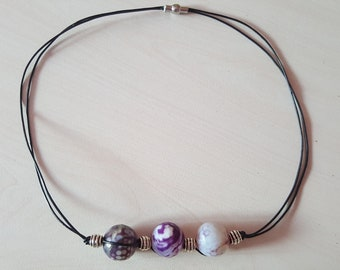 Bead leather necklace