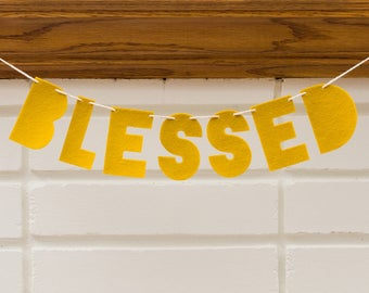 blessed -- MINI felt banner / garland // happy Thanksgiving banner, Autumn Fall decor, Fall banner garland, photo prop, Fall mantle bunting