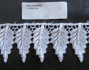 Scalloped leaf, white, Venise Lace 4029