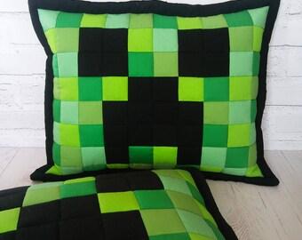 Handmade patchwork pillow with Minecraft Creeper motif, green pillow - 50x60cm - 20''x24''