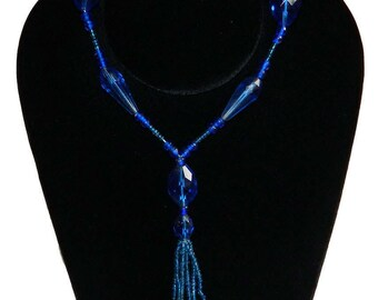 Vintage 1920's Blue Beaded Flapper Necklace