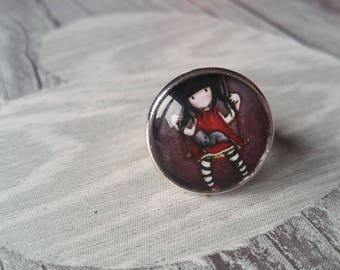 ring cabochon girl on swing