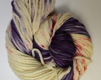Cozy Bulky, hand dyed yarn, handdyed yarn, hand dyed bulky yarn, hand painted yarn, bulky yarn, bulky weight, Midnight Kiss