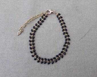 Black enamel spike chain bracelet