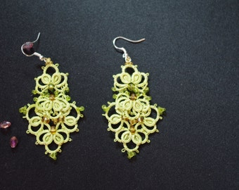 Earrings Green Anchors - tatting pattern