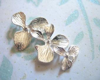 Shop Sale.. 2 6 10 pcs, ORCHID Flower Connectors Links Pendants Charms, 34x18 mm, Silver Cascading TRIO..organic floral..ts hp toc solo