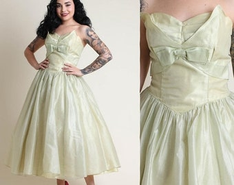 SALE SALE SALE vintage 50s Chartreuse + Organza sweetheart Party dress S M / strapless cocktail prom chiffon princess dress 1950s small medi