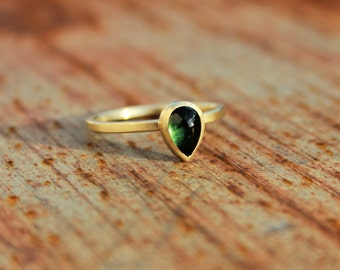 14k goldring with tourmaline