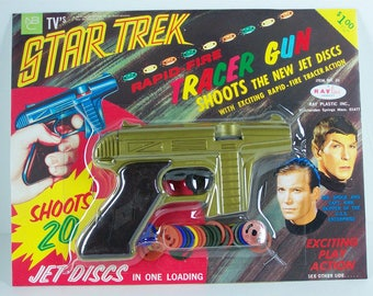 1967 Rayline Star Trek Tracer Gun DISPLAY CARD and plastic BLISTER reproduction for your gun and jet discs