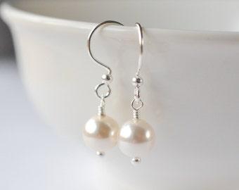 Pearl Earrings Sterling Silver, Bridesmaids Earrings Pearl, Pearl Drop Earrings, Wedding Earrings, Bridesmaids Gift, Pearl Dangle Earrings