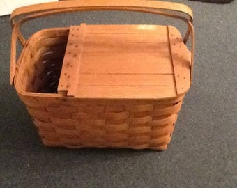 Vintage Large Woven Picnic Basket with Wine bottle opening, Sewing Basket, Craft Basket
