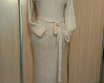 DRESS knitted from goat down