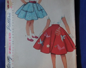 Girls Full Poodle Skirt 1960s Vintage Sewing Pattern SIMPLICITY 4879