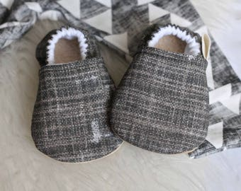 Baby Shoes, Baby Boy Shoes, Baby Girl Shoes, Black Baby Shoes, baby Booties, Baby Moccasins, baby Girl Booties, Baby Boy Booties, Moccasins