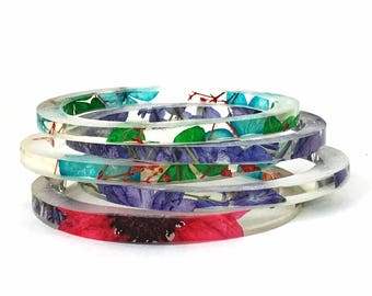 Mix & Match Stacking Resin Bangles.  Stacking Bracelets with Resin and Real Flowers.