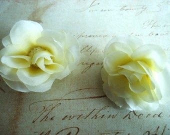 Set of 2 off-white fabric ROSES