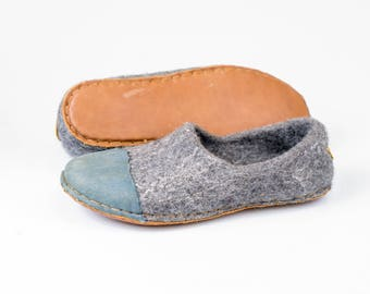 Ready to Ship Gray felted woolen shoes for women with denim natural edge leather toe caps, Handmade women wool slippers Home Gift for her
