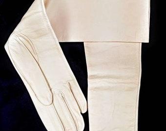 1960s Vintage Formal Kid Leather Gloves ~ Size 6 3/4