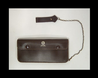 Rustic dark brown cowhide leather wallet with chain ~ Pitt ~ Made in Canada ~ 4 pockets ~ zipper purse saddle bag travel ~ 1950s