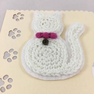 Crocheted light blue cat applique or brooch crocheted white cat applique or brooch dt1010fo