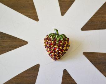 1960s Rhinestone Strawberry Brooch
