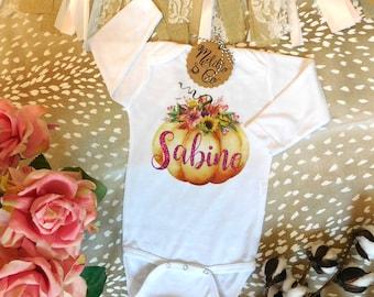 Floral Fall Pumpkin Onesie®,Custom Pumpkin Onesie,Fall Outfit,Pumpkin Baby Bodysuit,Thanksgiving Baby Outfit, Baby Girl,Fall Baby Onesie
