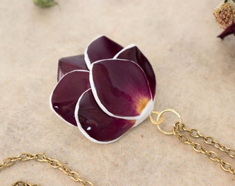 Necklace With Real Rose Petals, Rose Necklace, Real Flower Necklace, Rose Jewelry, Preserved Flower Jewelry, Flower Jewelry, Rose Pendant