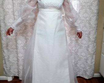 Vintage 1960s Wedding Dress, Vintage Wedding Gown, Vintage 60's Dress