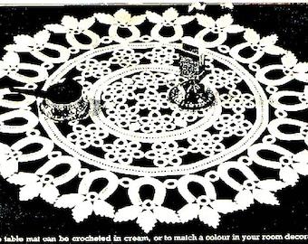 PDF Irish Crochet Pattern, Horseshoe and Leaves Oval Doily, Weddings, Christenings,