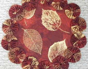 """Burgundy Fall Gold Leaf Batik 12"""" Yo Yo Doily"""