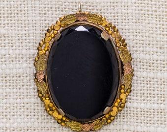Black and Gold Cameo Style Brooch Vintage Pendant Flower Leaf Pattern Border Rose Gold Broach Vtg Pin 7JJ