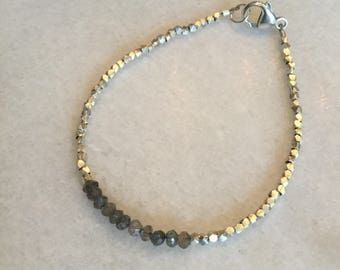 Dainty bracelet - Labradorite and Thai Hill Silver - Stacking bracelets - Minimalist - Petite