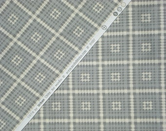 SALE : 1974 Nomad Gray Urban Chiks moda fabric FQ or more