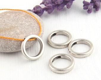 Circle, Geometrical Mini Silver Pendants, Minimal Jewelry, Geometric Jewelry, 15,50mm, 4 pieces // SP-290