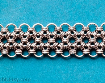 Stainless steel chainmail belt