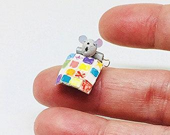 Miniature Mouse / Dollhouse Mouse / Artist Mouse / Fimo Mouse / Miniature Toy