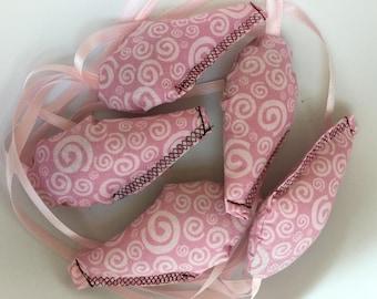 Organic Catnip Mouse Cat Toy - Pink Swirl