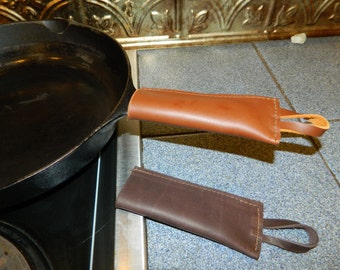 USA made Pair (2) LEATHER Cast Iron Pot Pan Skillet Handle Holder Sleeve Cover