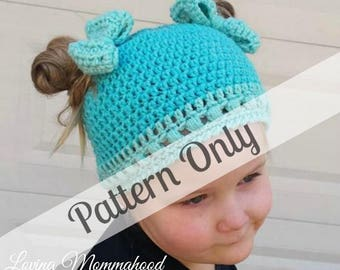 Girls Messy Bun Hat - Crochet PATTERN ONLY  - Ponytail Hat Crochet - Messy Bun Hat - Beanie with bow - Pigtail Hat - Messy bun pigtail