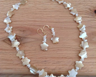 Mother of Pearl Star Beads  with Pearl Chips Necklace & Earrings Set