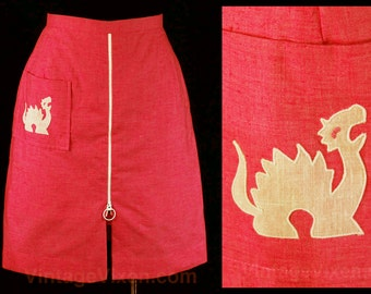 Size 10 Dragon Skirt - Azalea Pink Cotton & Applique On Pocket - Cute 60s Summer Casual Wear - Small - Preppie - Waist 28.5 - 45463-4