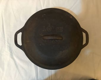 1960's Lodge Cast Iron Dutch Oven Pot Lodge USA 8 DOL 10 1/4