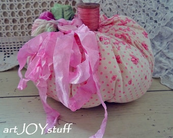 WEEKLY DEAL - soft pink - handmade stuffed pumpkin - wood spool stem - NO462